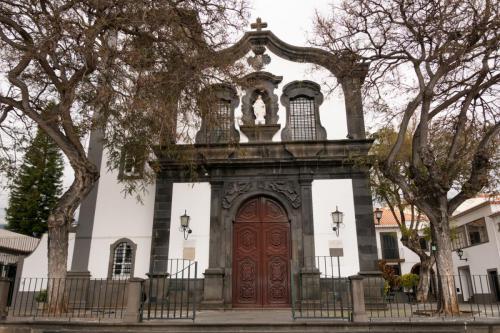 Kerk in het oude stadsgedeelte Zona Velha