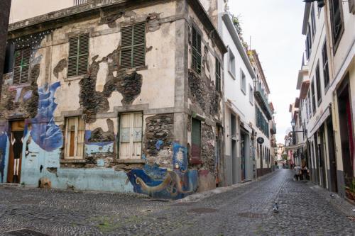 Muurschilderingen in de Zona Velha Funchal